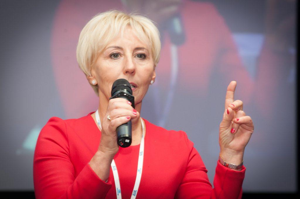 Barbara Misterska-Dragan mówiła o przygotowaniu środowiska do stosowania międzynarodowych standardów badania